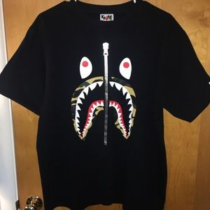 Bape 1st Camo Shark Tee Black/Yellow